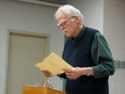 Poet Robert Kelly Reads from his Backwoods Broadsidespamphlet